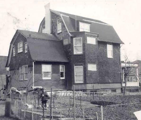 Bensonhurst-Brooklyn-House-1950s